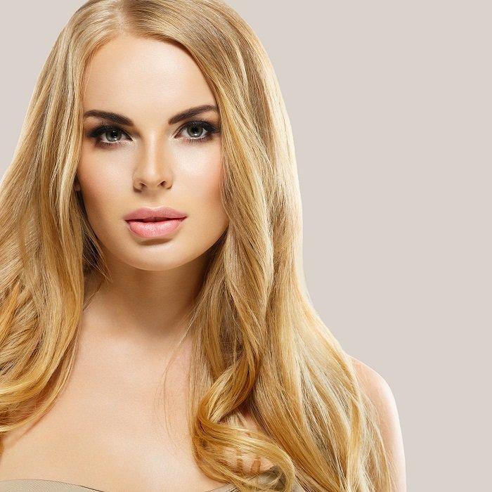 Blondering-bleacher