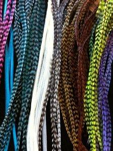 Feather extensions per stuk (lengte tussen 25 en 30 cm)